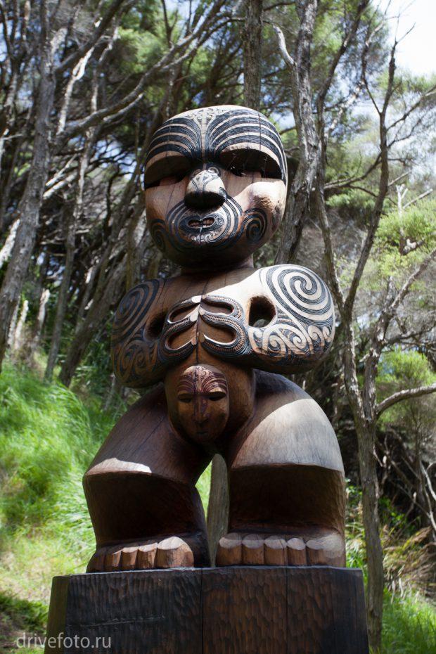 <strong>Новодел на тему культуры маори.</strong>