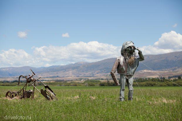 <strong>Арт-объекты с андеграундными скульптурами. Фото-1.</strong>