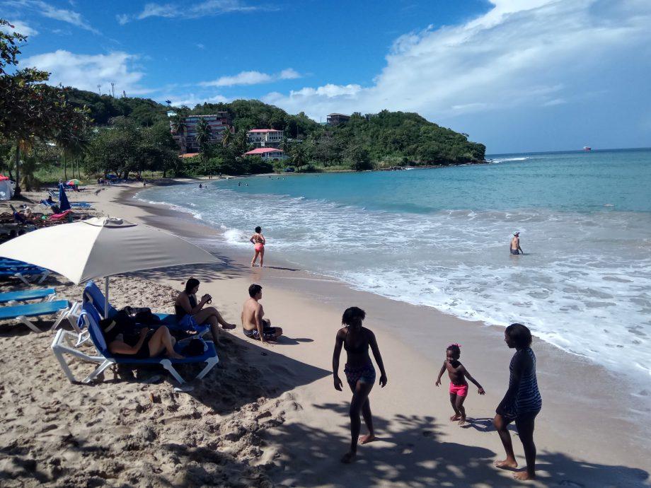 Типичный пляж. Остров Санта-Лючия