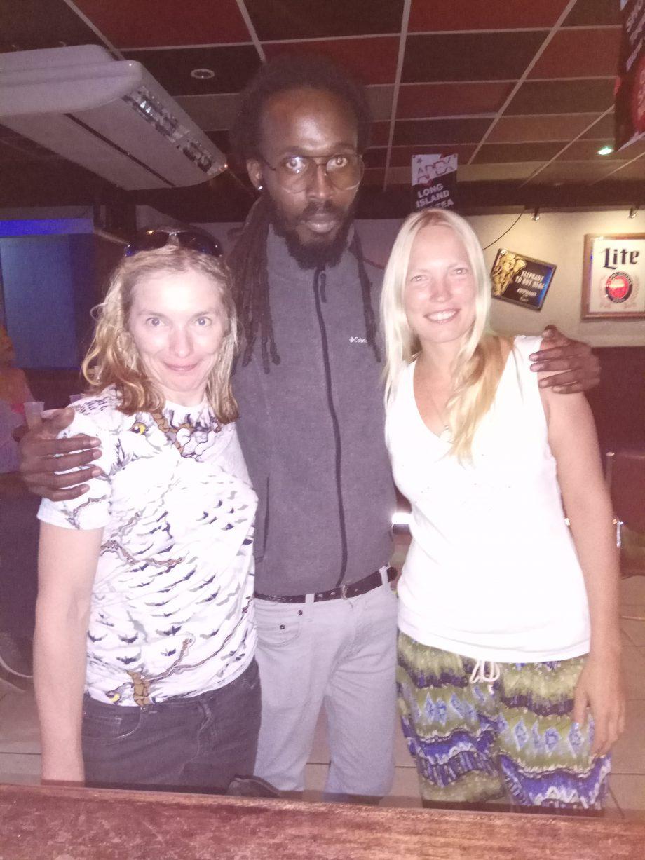 На Тринидаде со Светой и нашим новым другом. Он, кстати, едет в Россию на ЧМ по футболу