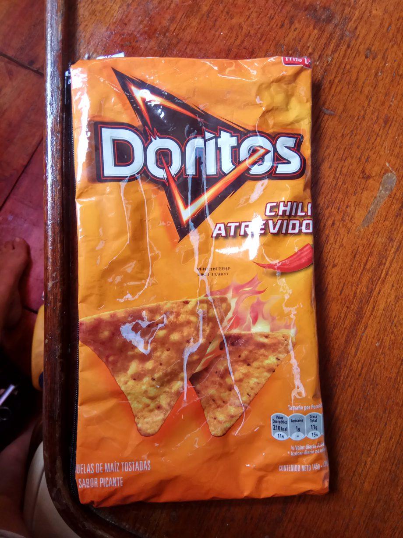 Это не просто пакет от чипсов, это потайная сумочка для денег и карточек