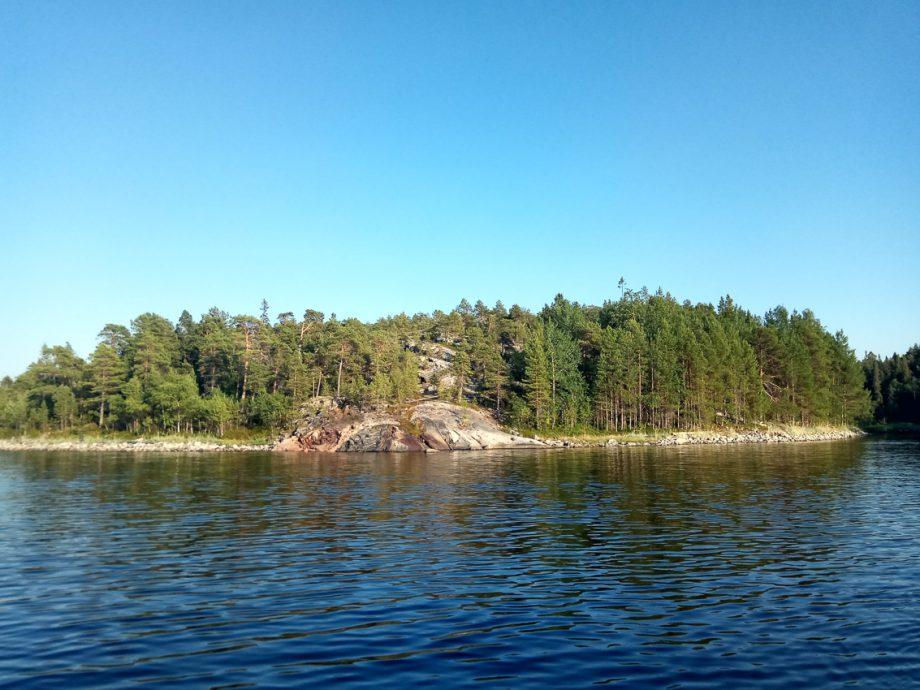 Островок без места для стоянки