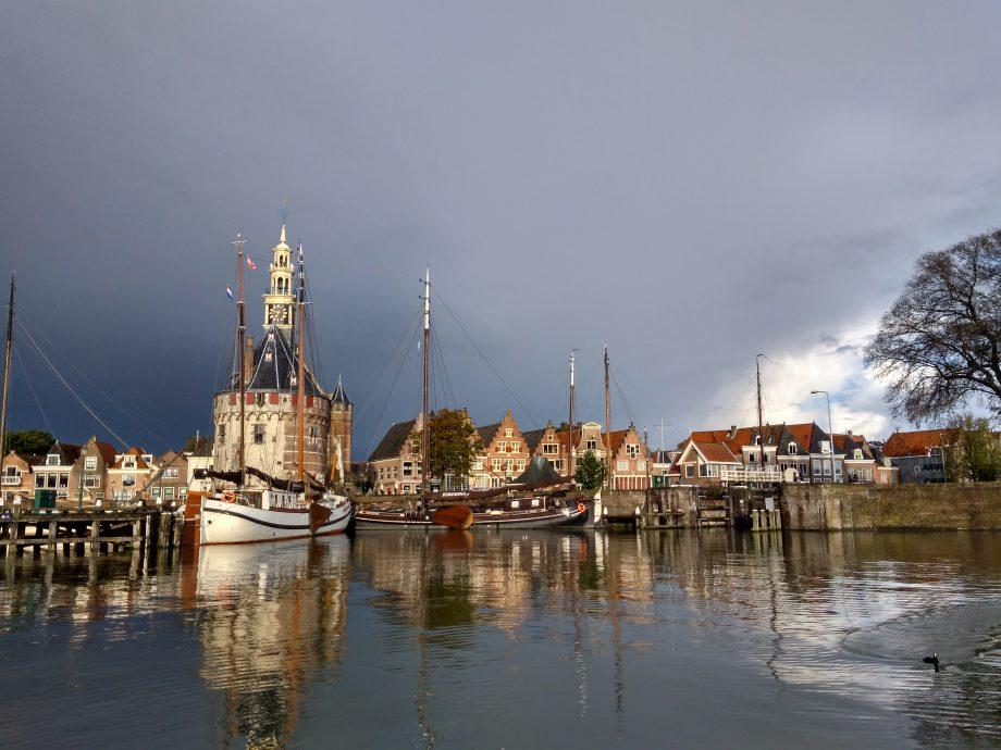 Северная Европа. Транспортное средство — яхта.
